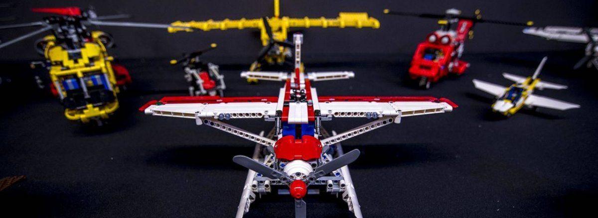 Lego repülő