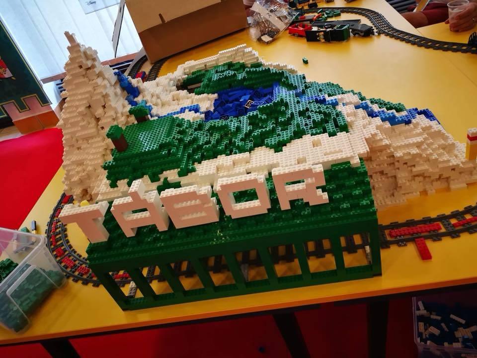 Lego tábor - terepasztal építés